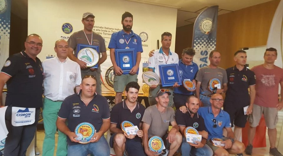 Campionato italiano individuale torrente: Massimiliano Colombo della Valle San Martino medaglia d' argento